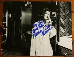 Nancy Loomis autograph